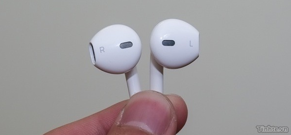 Apple's Redesigned Earbuds
